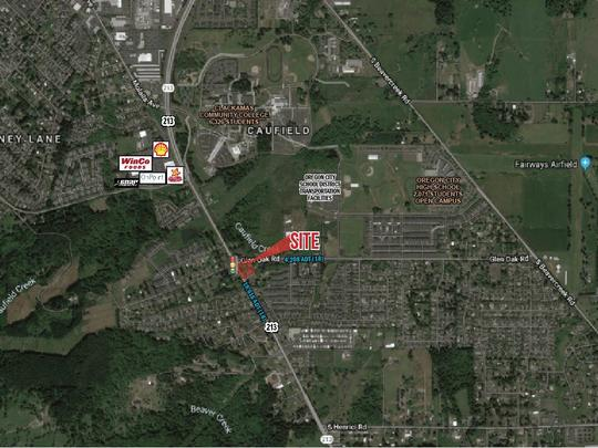 Oregon City - Corner Commercial Site